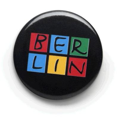 050-2055 Button Motiv, BERLIN