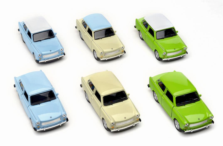 100-4005_Modellauto_Trabant_Farbmix_2